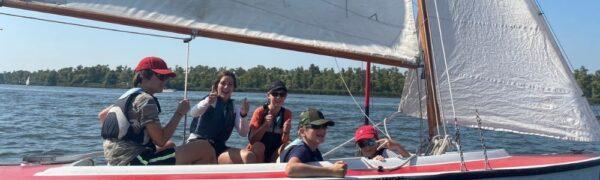 Kielboot zeilen voor de jeugd