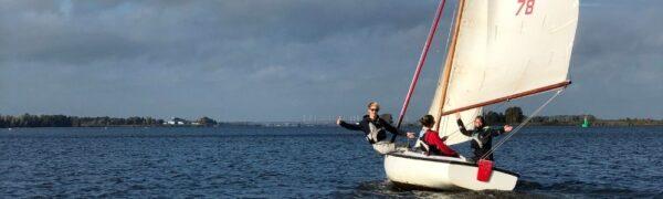 Leren zeilen in kielboot 16m2
